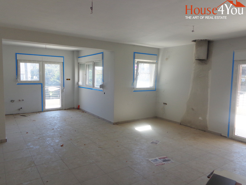 Πωλείται καινούργιο οροφοδιαμέρισμα 140τμ. 1ου ορόφου του 2014 στο Σταυράκι Ιωαννίνων