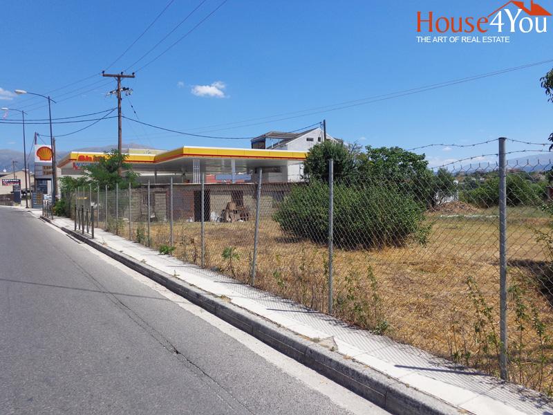 Πωλείται γωνιακό οικόπεδο 1424 τμ. με ΣΔ. 0.6 στην οδό Ιωαννίνων στην Ανατολή Ιωαννίνων πλησίον Πανειπηρωτικού Σταδίου