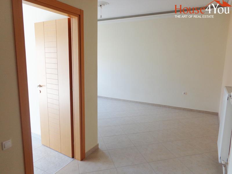 Πωλείται διαμέρισμα 3αρι 88τμ. 3ου ορόφου ανακαινισμένο πλησίον οδού Δαγκλή στο κέντρο των Ιωαννίνων