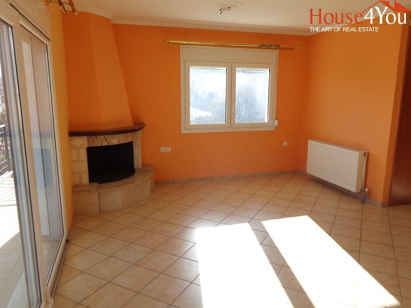 Πωλείται 4αρι διαμέρισμα 120τμ. 1ου ορόφου του 2007 100 μέτρα απο το Νοσοκομείο στο Κ.Νεοχωρόπουλο Ιωαννίνων