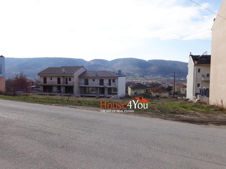 Πωλείται οικόπεδο 711τμ. με ΣΔ. 0.5 και πρόσωπο σε δρόμο 20μ. στα Καρδαμίτσια Ιωαννίνων