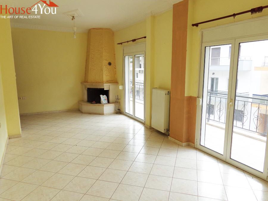 Πωλείται 4αρι διαμέρισμα 103τμ. 1ου υπερυψωμένου ορόφου στους Αμπελόκηπους Ιωαννίνων