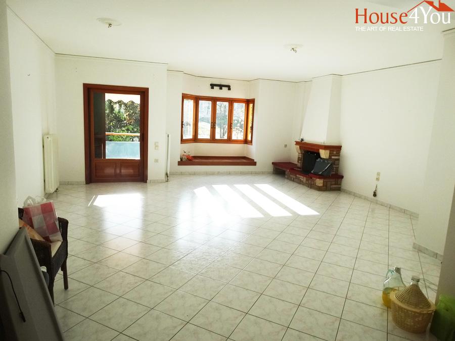 Ενοικιάζεται διαμέρισμα 1ου ορόφου, 120τ.μ. στη Κιάφα στα Ιωάννινα