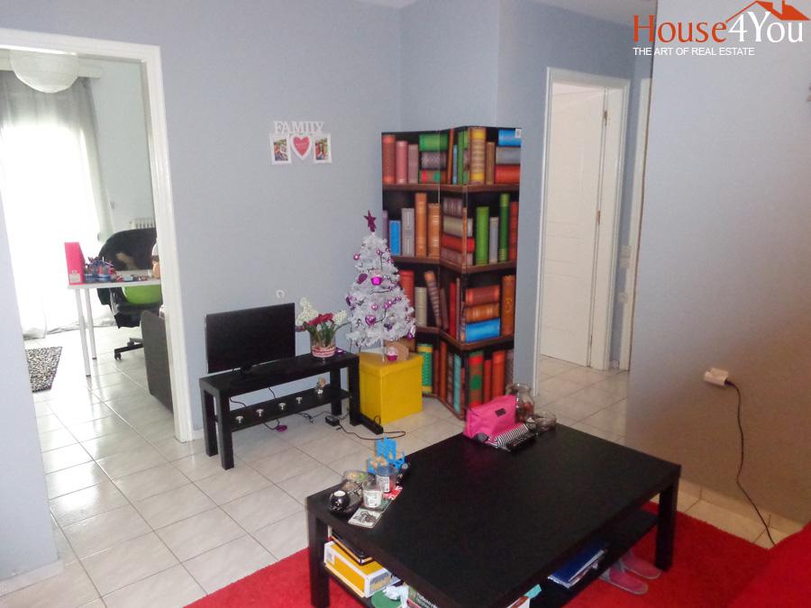 Πωλείται ισόγειο δυάρι διαμέρισμα 52τμ. στο κέντρο των Ιωαννίνων στην οδό Σπύρου Λάμπρου