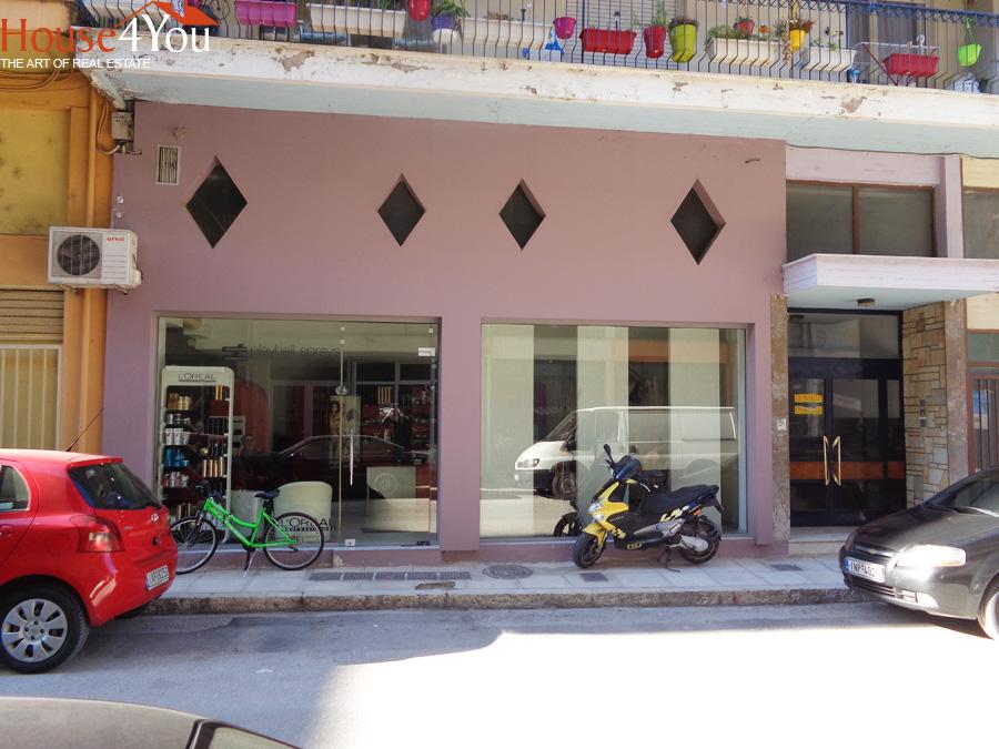 Πωλείται επαγγελματικός χώρος κατάστημα 56τμ. στην Χ.Περραιβού 3 στην περιοχή ΙΚΑ στα Γιάννενα
